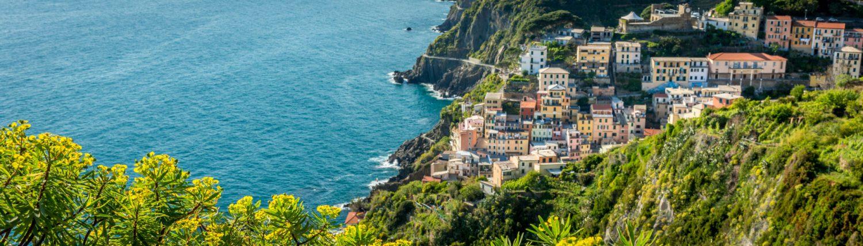 Riomaggiore in den Cinque Terre, Wandern mit Panoramablick