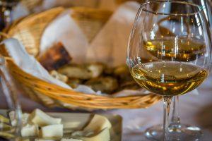 Weinverkostung bei Walter de Battè, Campiglia
