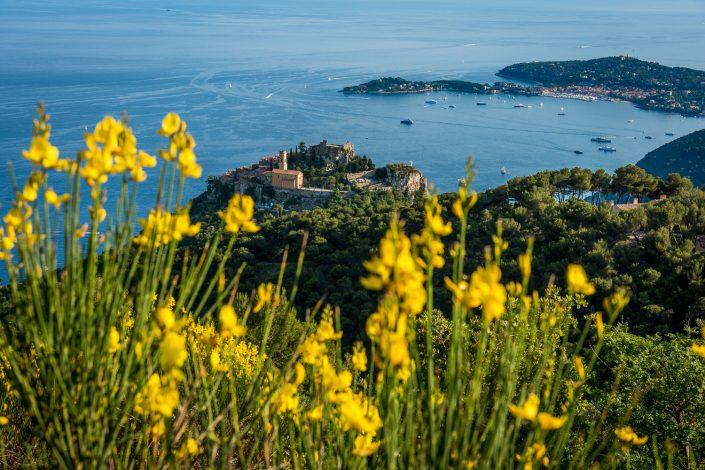 Blick über die Cote D'Azur bei Eze Village