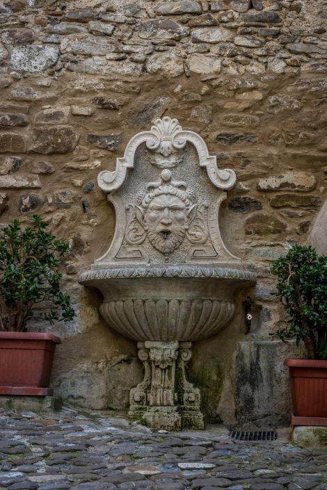 Brunnen in Dolceacqua