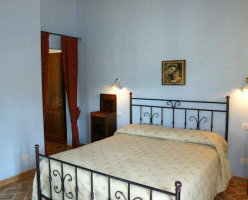 Schlafzimmer in der Ferienwohnung in Vergelle