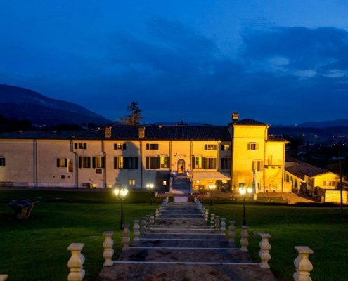 Venetien, Valpolicella, Villa Cariola in der blauen Stunde