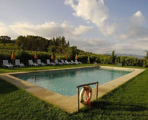 Der Pool des Landhauses La Parrina bei Albinia in der Maremma