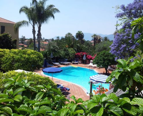 Villa Elisa in Bordighera, der Simmingpool
