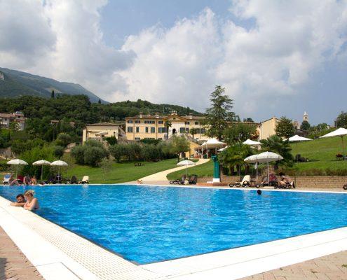 Der Pool der Villa Cariola