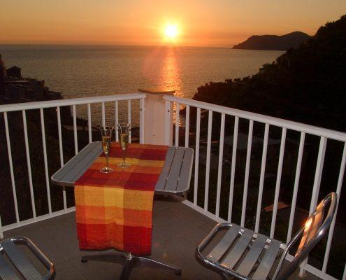 Der Sonnenuntergang auf der Terrasse der Casa Fregagia