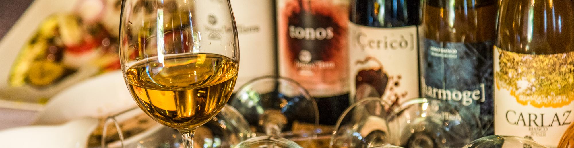 Eine Auswahl der Weine von Prima Terra in Ligurien