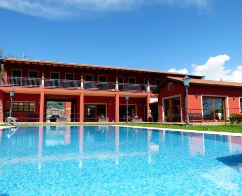 hotel ama la luna sarzana mit Swimmingpool