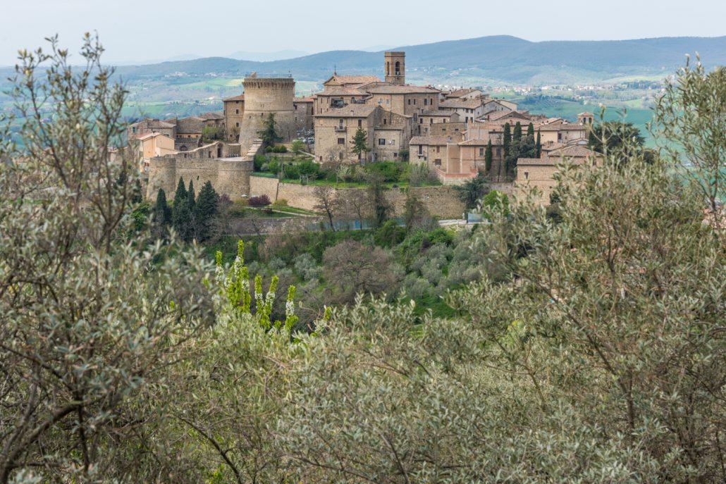 Gualdo Cattaneo und seine Burg