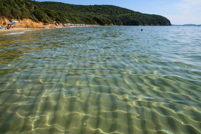 Die Cala Violina, schoene Bucht in der Maremma