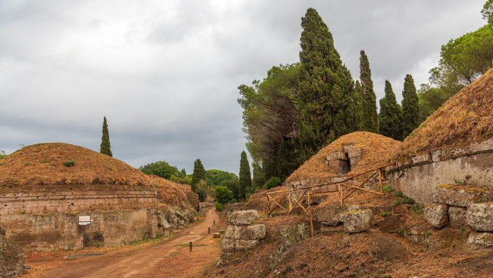 etruskische Grabmaeler in Cerveteri