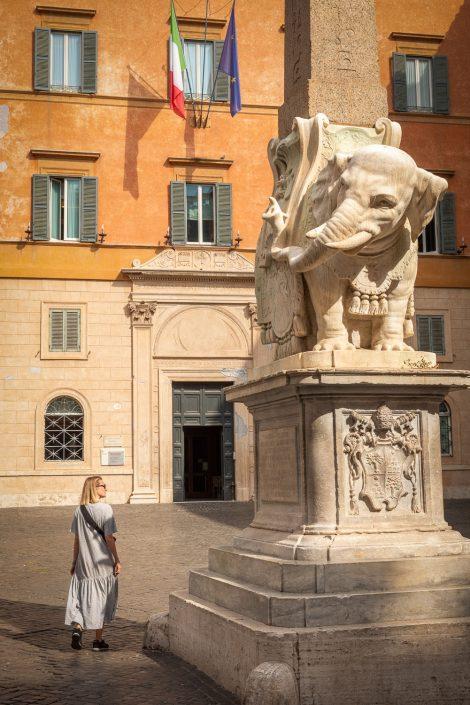 auf der Piazza della Minerva in Rom
